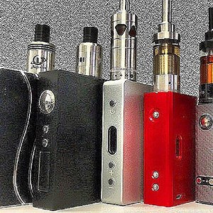 #bulldoglifestyles offers all your #boxmod needs to enjoy your #eliquid!